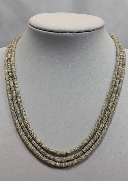 ogrlica od školjaka
