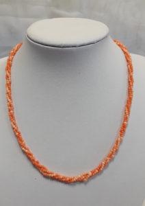 ogrlica od tropskih koralja