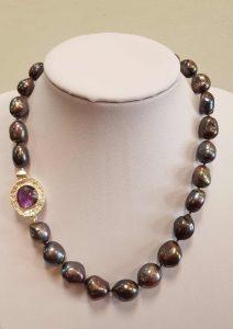 ogrlica_crni biser_nautilus nakit